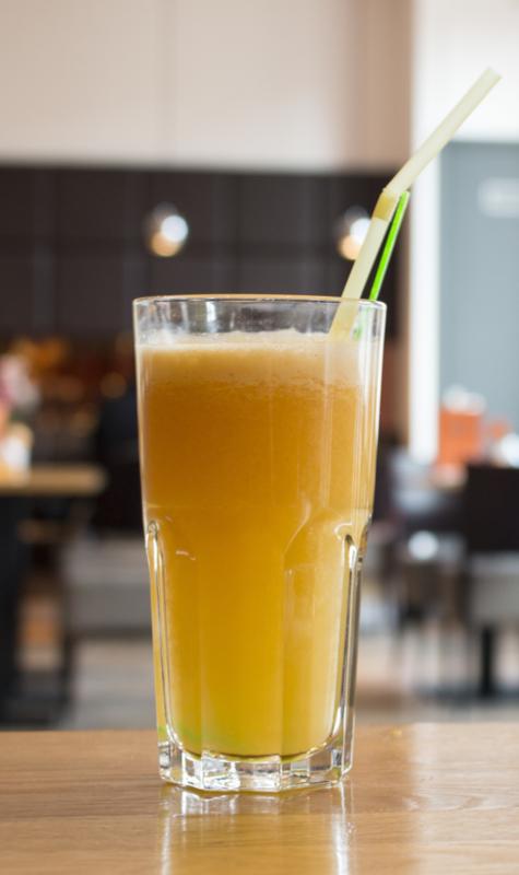 Vers geperst Sinaasappelsap