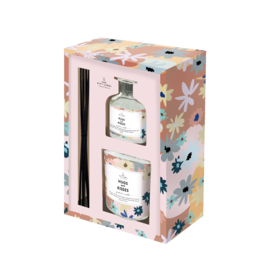 The Gift label -Gift Box - Candle & Reed Diffuser - Hugs and kisses