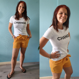 T-shirt Change | Wit