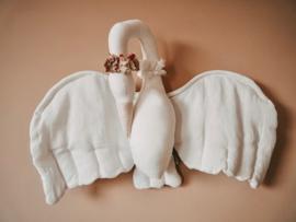 Linen Swan | White