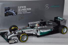 Lewis Hamilton Mercedes AMG Petronas MGP-W05 race car Abu Dhabi Grand Prix 2014 season