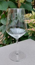Wijnglas met AI LUF JOE
