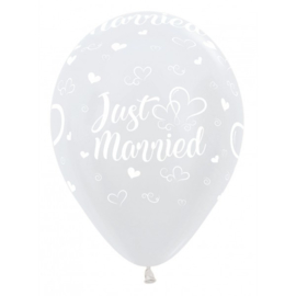 Latex Ballonnen All Over Just Married Hearts