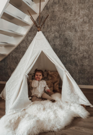 White Lace Tipi