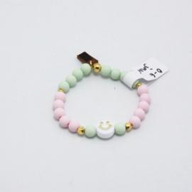 MB - Armbandje Smiley lichtroze - lichtgroen 0-6j