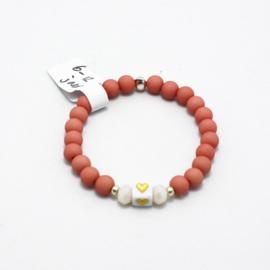 MB - Armbandje Vierkant steentje hartje roze 6-12j
