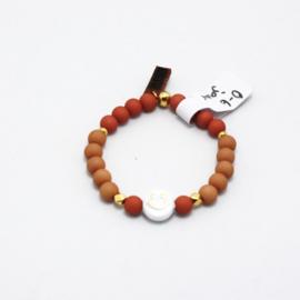MB - Armbandje Smiley beige-roze 0-6j
