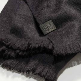 BU - Brushed Solid XS Alpaca Shawl Black (88001601)