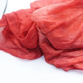 Zijden sjaal rood gewolkt  90x90