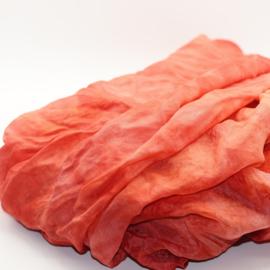 Zijden sjaal roze/rood gewolkt  90x200