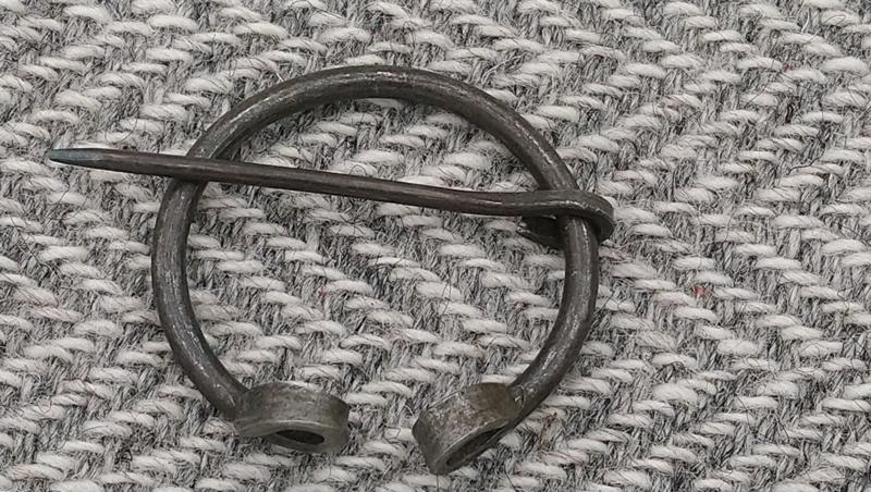 Fibula staal 4 cm