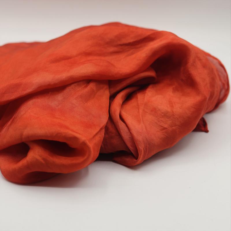Zijden sjaal lichtood gewolkt 90x90