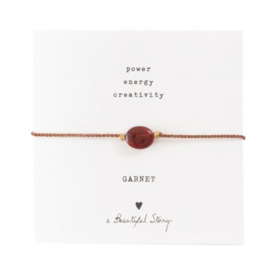 A beautiful story Garnet armband