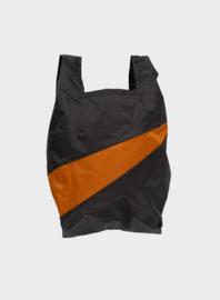 The New Shopping Bag Black & Sample Medium