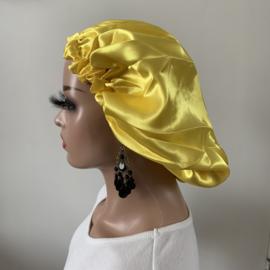 Bonnet yellow