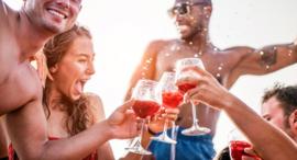 8 redenen om wijn te drinken dit weekend