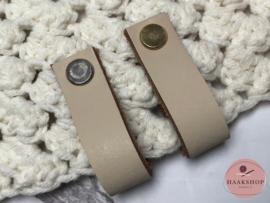 Leren label/lus met schroef 15mm beige