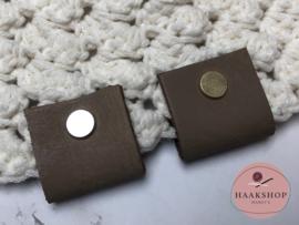 Leren label/lus BIG met schroef 30mm taupe
