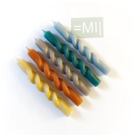 Handgedraaide dinerkaarsen multi color