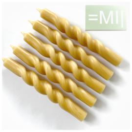Handgedraaide dinerkaarsen Geel