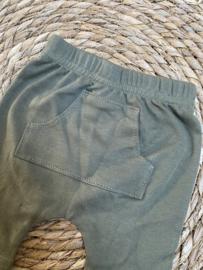 Korte broek  |   Legergroen