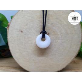 Donut hanger - S4 Witte Jade