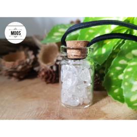 Bergkristal - Flesje aan waxkoord