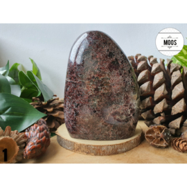 Granaat, Robijn, Agaat en Kwarts - Sculptuur 3