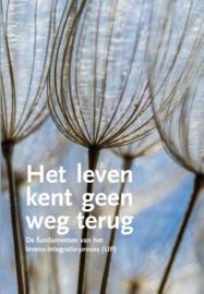 Winfried Nelles - Het leven kent geen weg terug