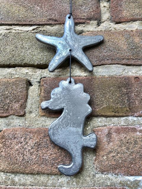 Zeester/Zeepaardje muurslinger Lood 20cm