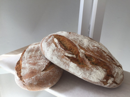 Bruin Rustiek brood