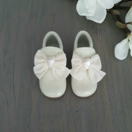 Shoes Daisy Beige