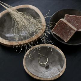 Schaaltje hout + antraciet schelp capiz