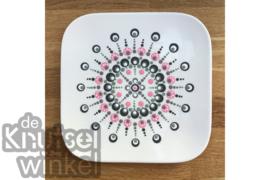 Hippe Stippen - voorbeeld bord mandala-stijl