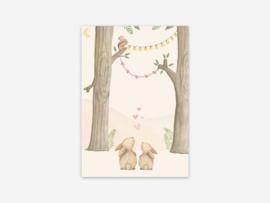 Ansichtkaart konijnen in het bos (hartjes)