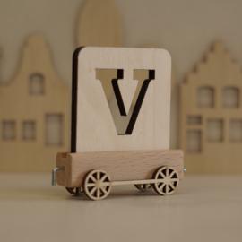 V | Houten lettertrein