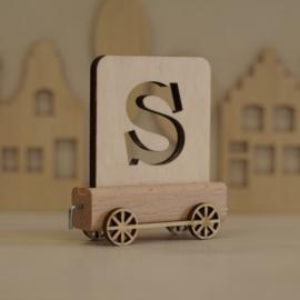 S | Houten lettertrein