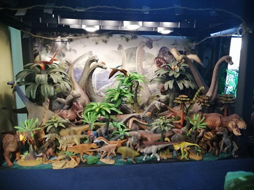 Dinosaurus diorama