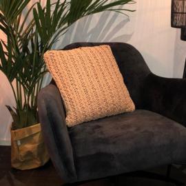 Goround kussen knitted old pink 45 x 45