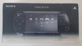 PSP 2004 Piano Black (Complete)