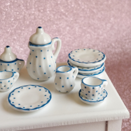 Tea Set - Blue Dot