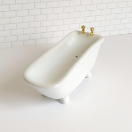 Ceramic Bathtub
