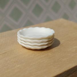 Wavy Plates - White