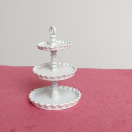 White Cake Stand