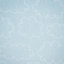 Blauwe spons met wolken