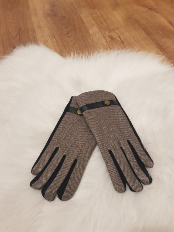 Gloves bruin