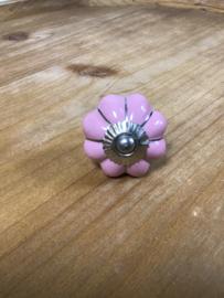 Knop porselein bloem roze