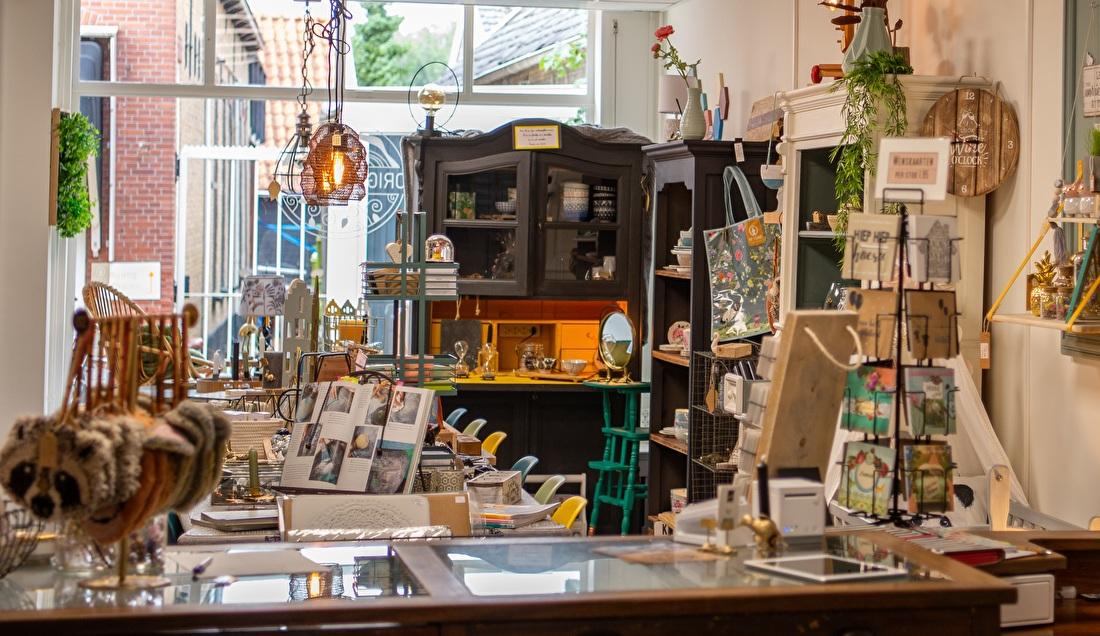 De winkel aan de Dorpsstraat in Nieuwerkerk