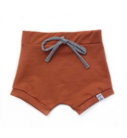 Little & Cool | Short roest bruin