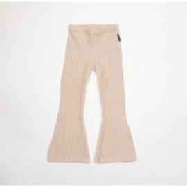 No Labels | Flared pants big rib sand